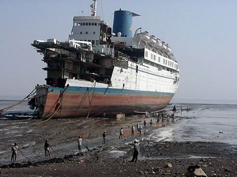 Where Cruise Ships Go To Die Neatorama - Cruise ships from india