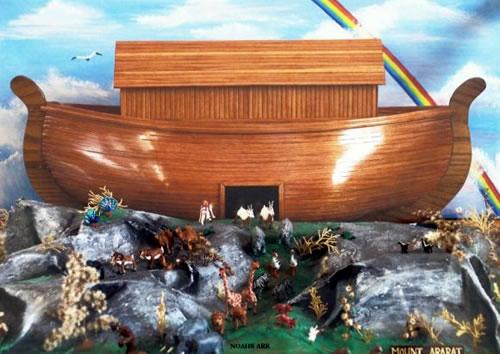 Noah's Ark Diorama - Neatorama
