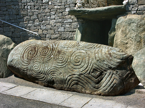 newgrange-entrance-slab - Tomb designs - Lifestyle, Culture and Arts