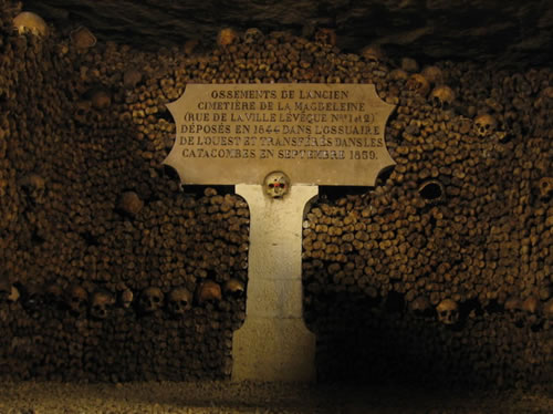 paris-catacombs-1 - Tomb designs - Lifestyle, Culture and Arts