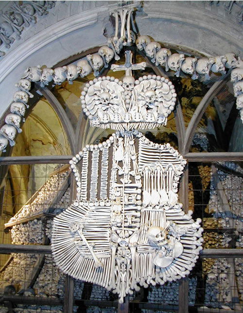 sedlec-ossuary-coat-of-arms - Tomb designs - Lifestyle, Culture and Arts