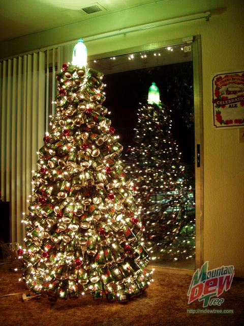 world 39 s most unusual christmas trees neatorama. Black Bedroom Furniture Sets. Home Design Ideas