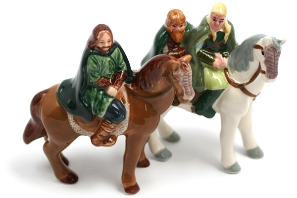Lord of the Rings characters on horseback salt and pepper shakers
