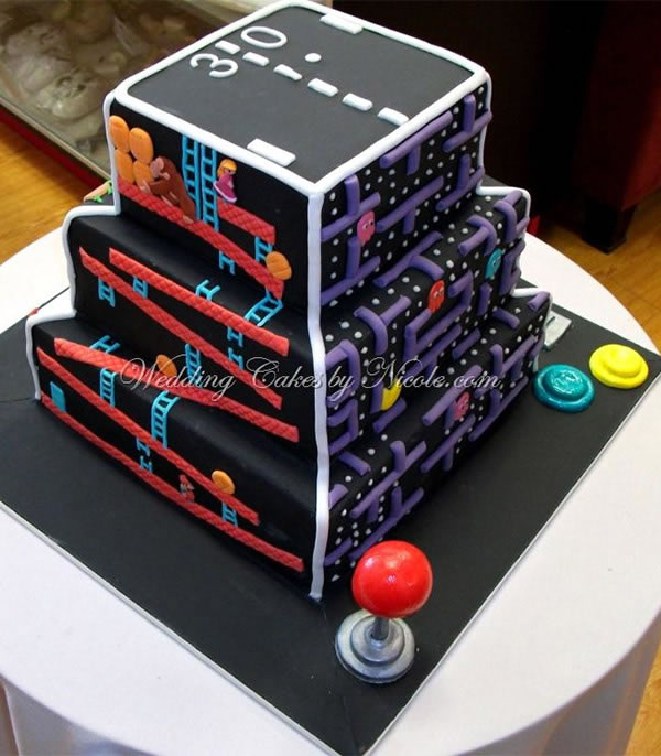 Retro arcade game wedding cake