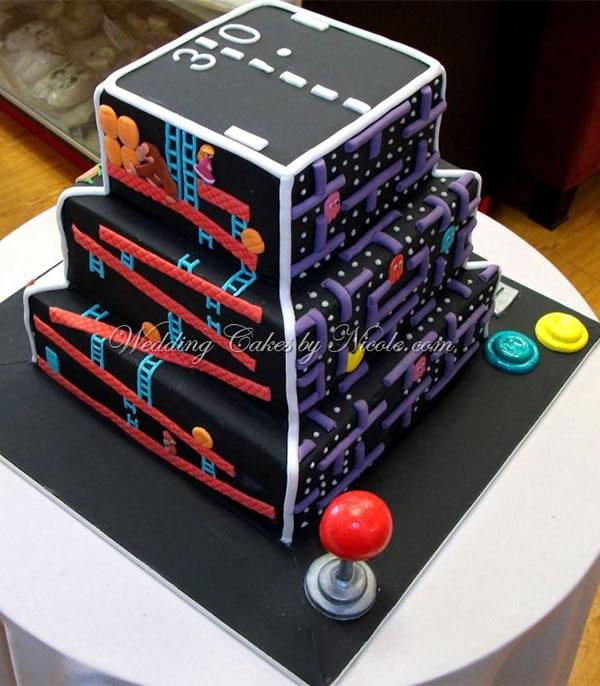 Retro arcade game wedding cake