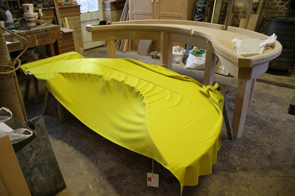 Making the banana pool table - wrapping with felt