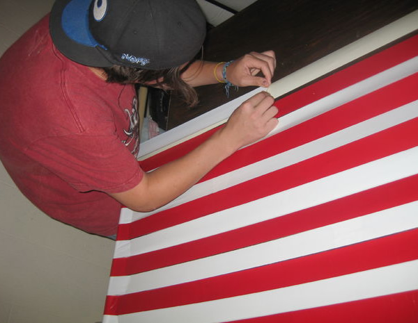 check out some of the  patriotic  steps  shouldn u0027t you be standing up and saluting right now    duct tape hammock perfect for fourth of july   neatorama  rh   neatorama