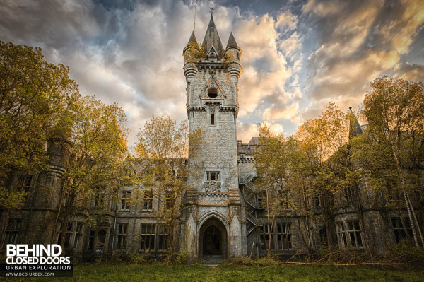 Urban Exploration of a Real Life Abandoned Fairy Tale Castle
