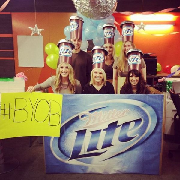 (A 6-pack of beer by missmounce)  sc 1 st  Neatorama & 31 Great Group Costumes for You to Try This Halloween - Neatorama