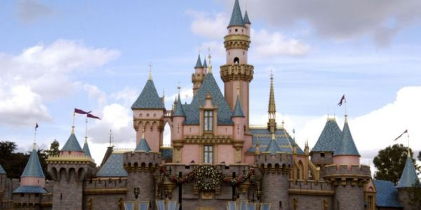 Things You're Not Allowed To Do Inside Disney Parks