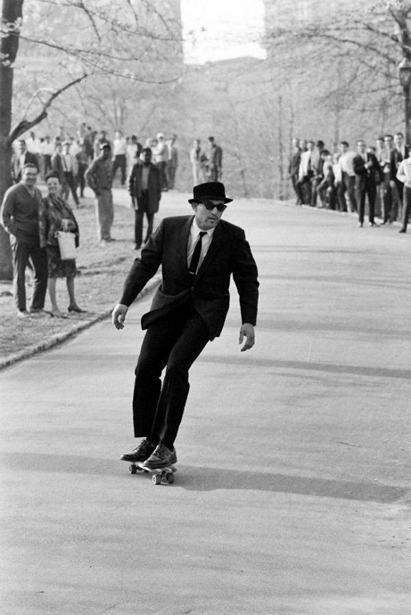 See Stunning Black And White Photos Of Skateboarding In The 1960s Here