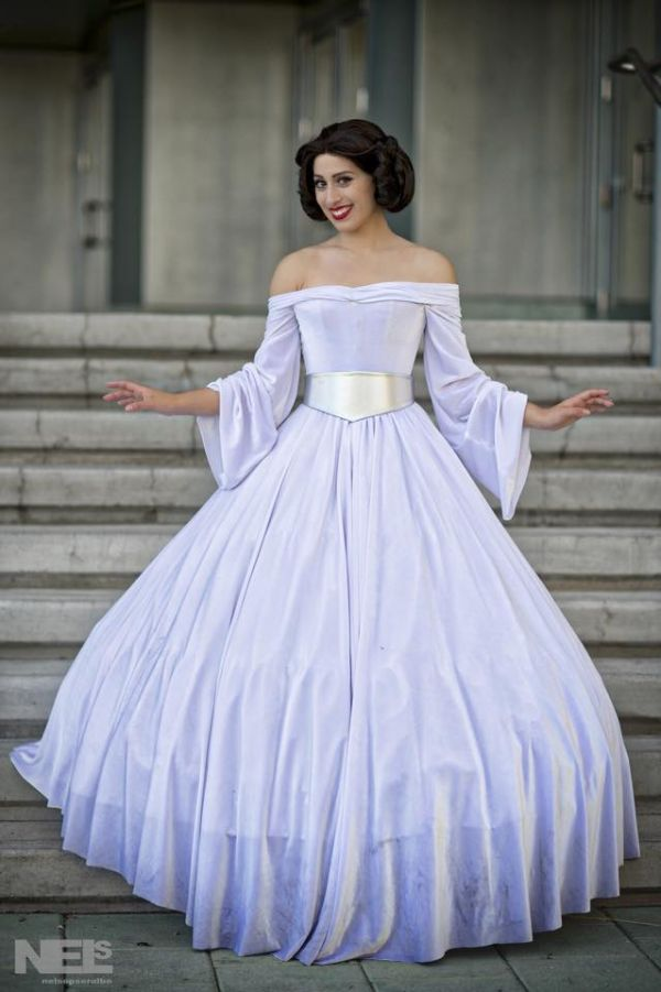 Beautiful Princess Leia Ball Gown - Neatorama