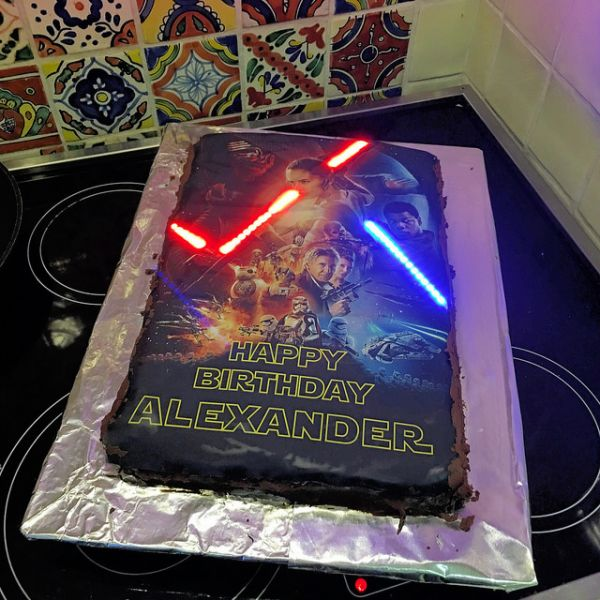 How To Make A Light Up Lightsaber Cake
