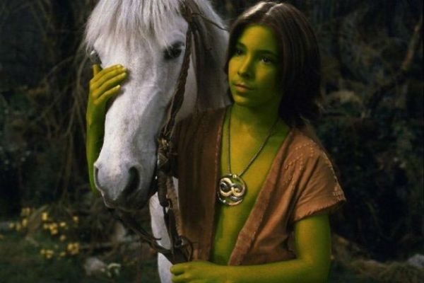 Atreyu with green skin