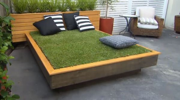How to Build a Grass Day Bed
