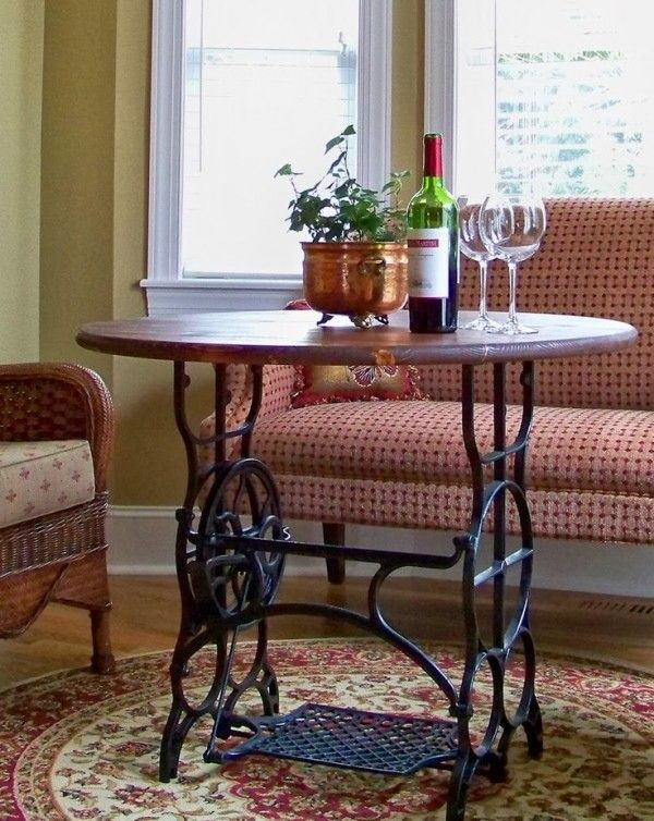 40 Ways To Upcycle Old Sewing Machine Tables Neatorama Magnificent Old Singer Sewing Machine And Table