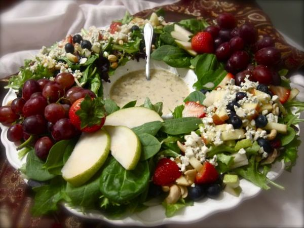 make your salad perfect for the holidays neatorama