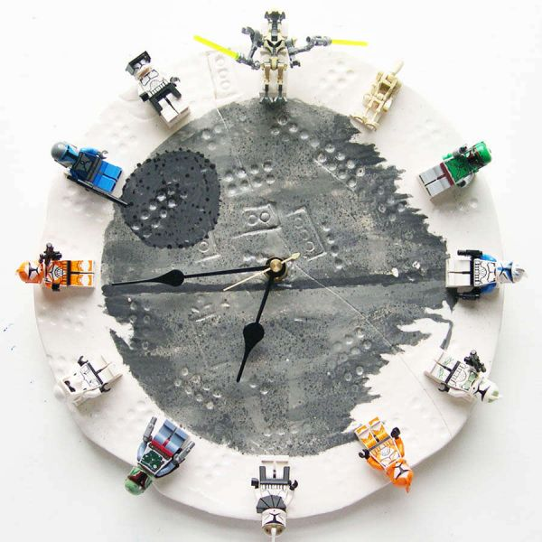 Star Wars LEGO clock