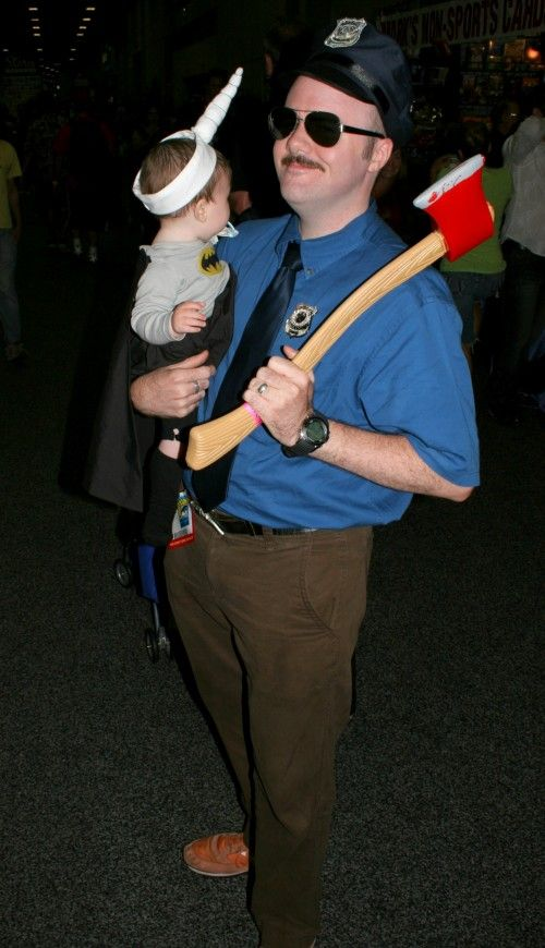 Of all the matching parent/child costumes Iu0027ve seen at Comic Con this Axe Cop and Uni-Baby remain my all time favorites. & 20 Amazing and Geeky Matching Parent/Child Halloween Costumes ...