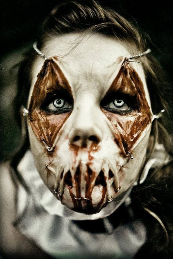 Faces of Fright: Scary Halloween Makeup