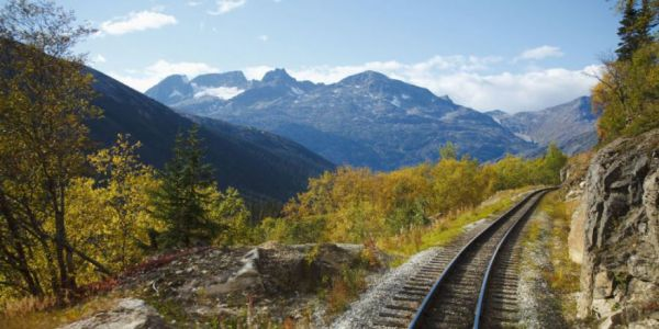 You Can Travel Across The U.S. By Train For Just Over $200