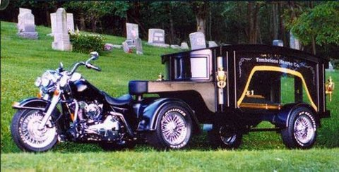 480_hearse_graveside.jpg