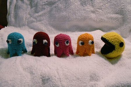 450_crochetedpacman.jpg