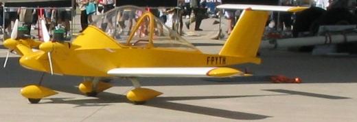 Cri-Cri, the world's smallest twin-engine airplane