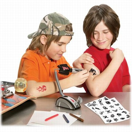 Open up your very own pretend play tattoo parlor. This easy-to-use tattoo