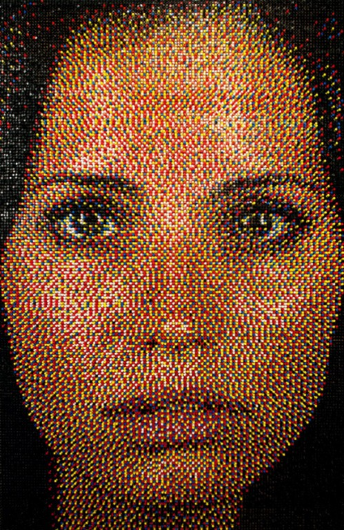 The pushpin artwork of eric daigh neatorama artist eric daigh makes mosaics with pushpins pronofoot35fo Image collections