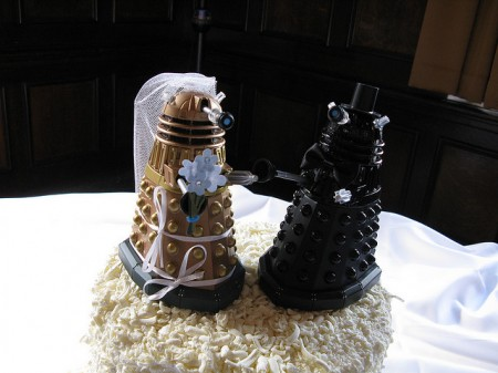 30 Weird Geeky And Cool Wedding Cakes Neatorama - Cool Wedding Cakes