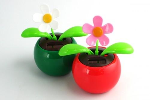 Dancing Flower - Solar Powered - Neatorama