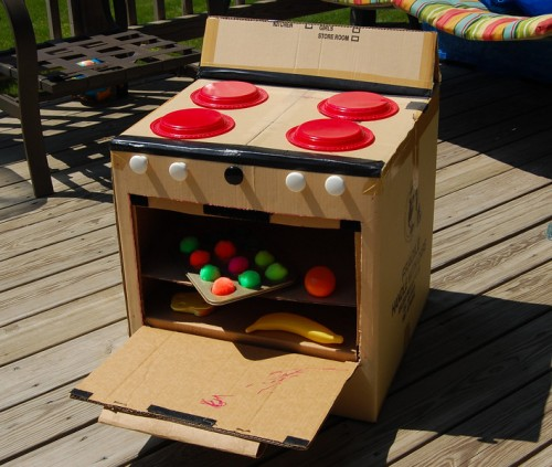 Awesome things you can make out of cardboard boxes neatorama for Things to make out of cardboard for kids