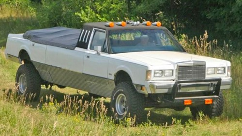 Monster Truck Limo >> Lincoln Town Car Convertible Limo Is Ready for Off-Roading - Neatorama