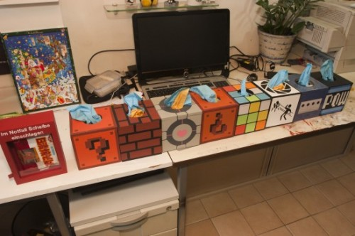 geeky_tissue_box_covers-500x332.jpg