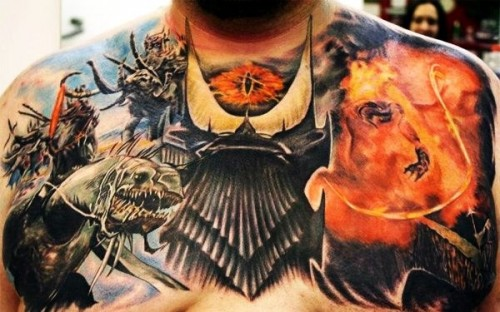 A seriously epic lord of the rings tattoo neatorama - Tatouage seigneur des anneaux ...
