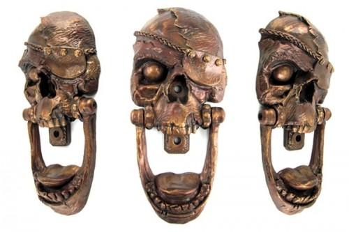 Pirate Skull Door Knocker ...  sc 1 st  Neatorama & Pirate Skull Door Knocker - Neatorama